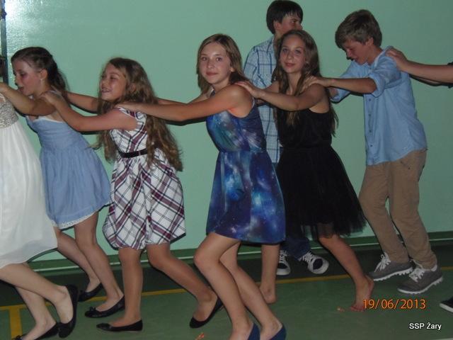 0f279607e8 19 czerwca w naszej szkole odbyła się impreza- Bal Szóstoklasistów. Po raz  ostatni wszyscy uczniowie szóstych klas wraz z dyrekcją oraz nauczycielami  ...